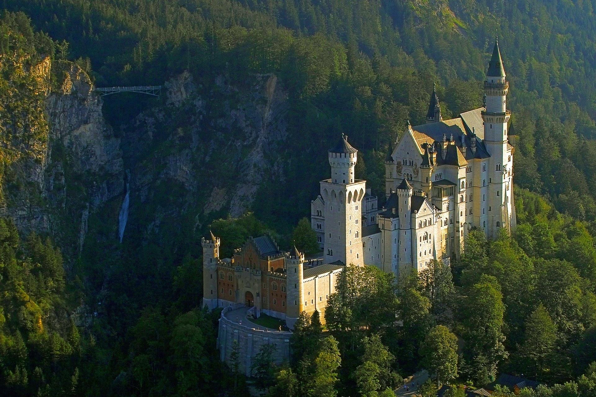 Verlassenes Schloss Bayern